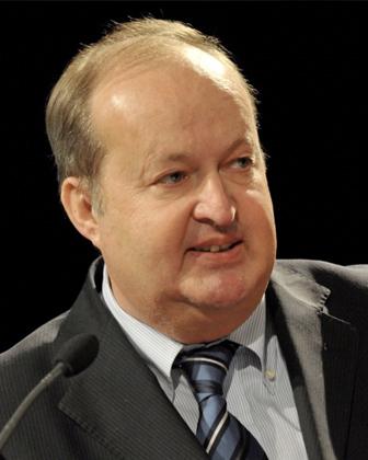 Dr. Alfred Grinschgl